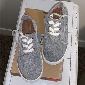 Toms Paseo Gray Shoes sz 1